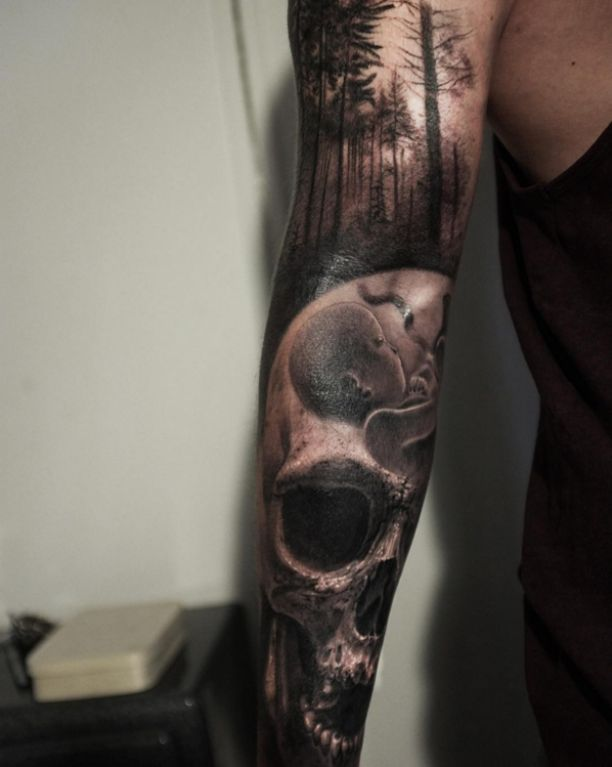 3d skull im wald tattoo y pinterest tattoo and arm tattoo. Black Bedroom Furniture Sets. Home Design Ideas