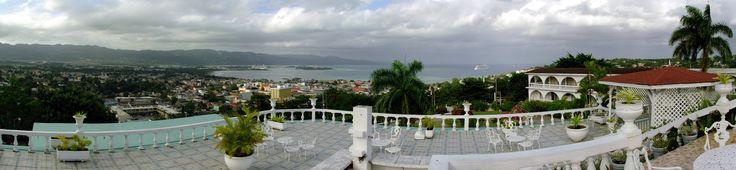 Jamaica: Montego Bay: Richmond Hill Inn Patio