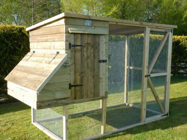 105 best images about coop building plans on pinterest for How to build a chicken hutch