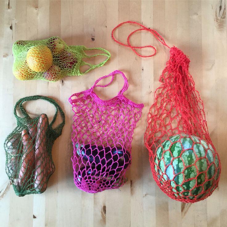 Japp, jag föll för trenden att sticka eller virka kassar. Varning: Det är starkt beroendeframkallande! #plastbanta #ingaflerengångspåsar #cottolin #garnomera #järbo #simplynotable #pinkgreenseblogspot  #sommarledig