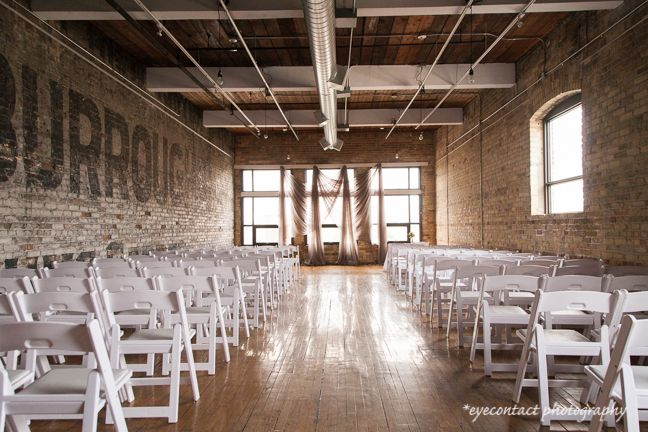 This is a style'n urban chic ceremony venue located in downtown Toronto, ON, at The Burroughes historical building. Photo: eyecontact photography