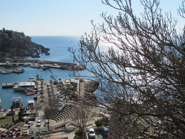 Tarihi yat limanı..