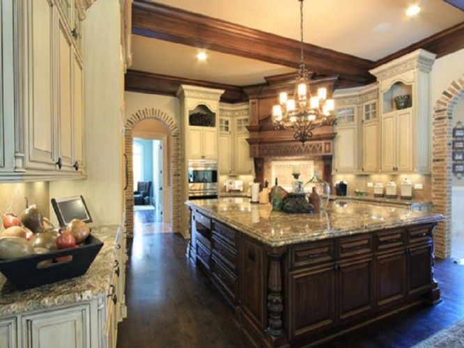 European style homes with luxury kitchen design and large for Luxury kitchen layout