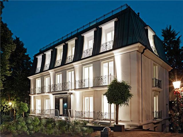 Mansard Roof Definition and Advantages - modern french chateau.