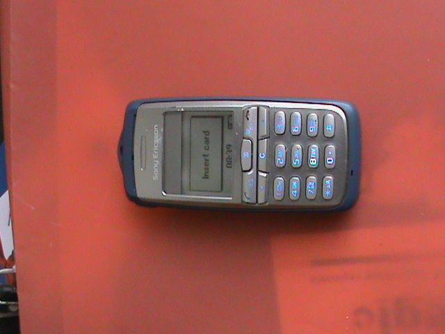 Sell mobile phone sony ericsson the smallest one
