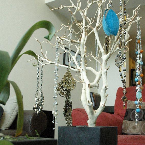 24 Natural Jewelry Tree / Jewelry Organizer di heartnotincluded