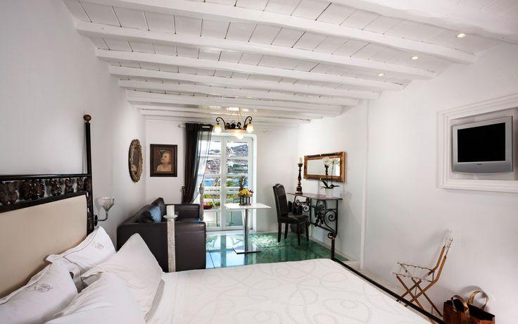 Luxury Presidential 2 Bedroom Suite Sea View bed, sofa & veranda doors, Kivotos Hotel Mykonos