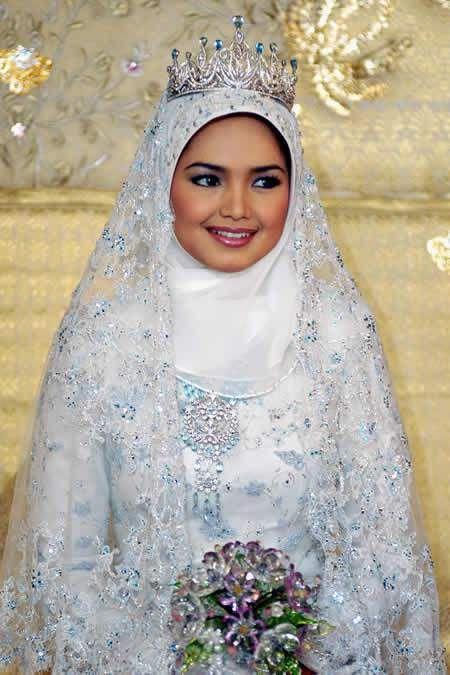 muslim wedding dresses with hijab | Muslim Bridal Around The World