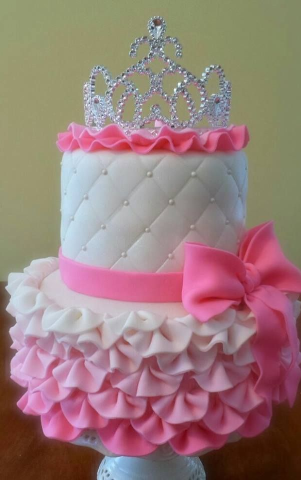 Elegant Ombre Princess Cake With Ruffles Quilting Pearls