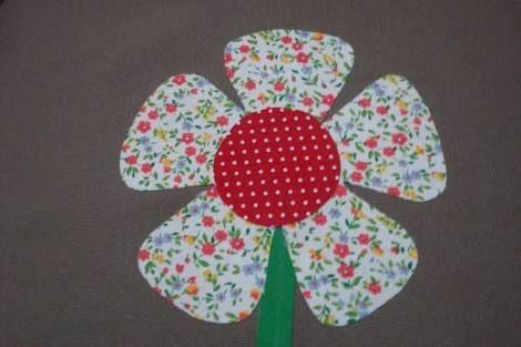 Resultado de imagem para flores grandes em patch aplique