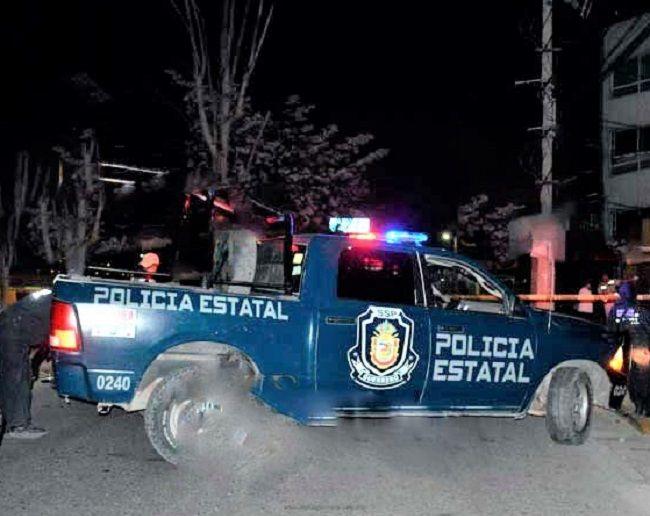 Jóvenes chocan y mueren en boulevard de Chilpancingo - http://www.notimundo.com.mx/policiaca/jovenes-chocan-boulevard-chilpancingo/