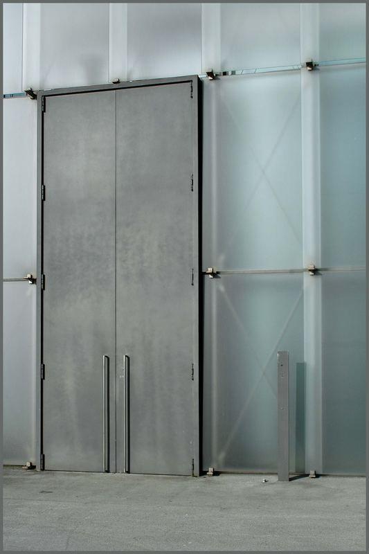 Kunsthaus Bregenz | Tür in der Glasfassade