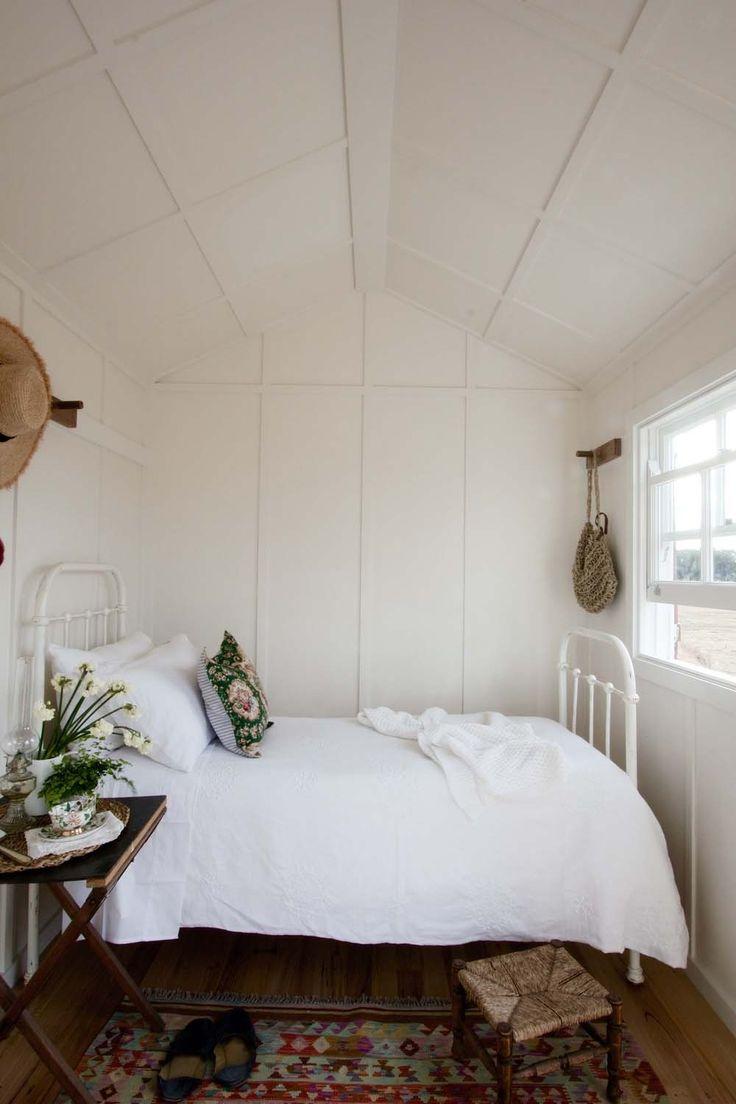 Best Tiny Bedrooms Ideas On Pinterest Tiny Bedroom Design - Super small bedroom design