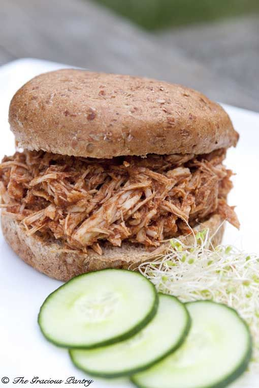 Clean Eating Slow Cooker Pulled Pork Sandwiches. Love the clean ingredients!