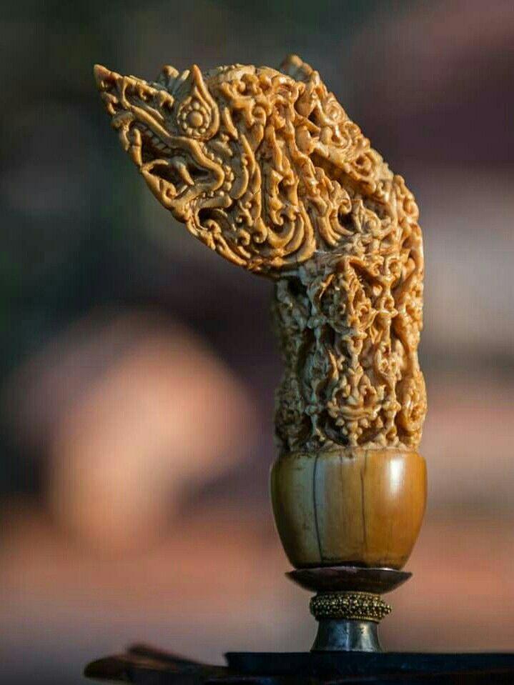 Hulu keris seni thailand kuno jaman Ayutthaya tipe karuda ukiran gading