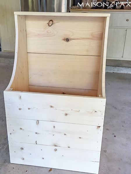 "step by step tutorial and building plans for an ""antique"" firewood box - perfect for a mini mudroom, too! maisondepax.com"