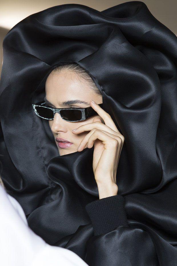2440e762 Las gafas de Alain Mikli X Alexandre Vauthier están inspiradas en ...