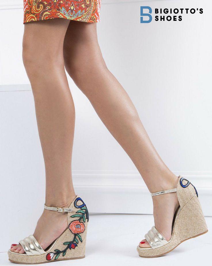Cu toc sau fără toc, trăiește vara la înălțime! ☀️  Te așteptăm pe www.bigiottos.com cu noua colecție de sandale, 100% piele naturală, Premium by Bigiotto's Shoes!  #bigiottos #ss2017 #sandals #newcollectionss2017 #trendy #summershoes #summerfashion #platforms #womensshoes #leathersandals #shoesforsale #ladyshoes #shoelover #shoeaddict #premium #premiumshoes