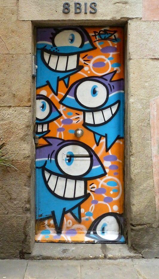 ... daar gaan we nu eens onze tanden in zetten, he Barcelona, Spain