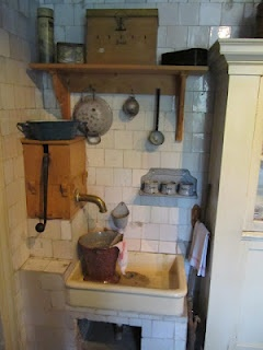 """Kitchen at """"Openlucht Museum"""", Arnhem"""