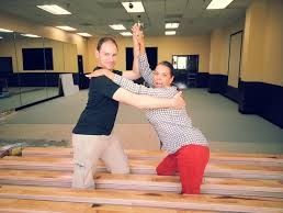 Join us at the dance classes in Los Angeles to hone your skill or to learn dance right from the scratch. Of course a specialist will work with you and your spouse-to-be to create a designer program that will meet your individual needs.