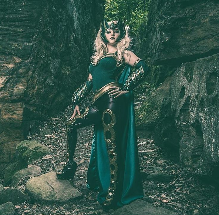 """""""Boys, they like the look of danger..."""" I'm so pumped to wear Amora to #WizardWorldTulsa ! Who will I see there? Be sure to stop by my booth and panels! I'd love to meet you! . . . #cosplay #cosplayer #cosplaygirl #enchantress #amoratheenchantress #amora #amoratheenchantresscosplay #goddess #thor #loki #asgardian #marvel #marvelcosplay #wizardworld"""