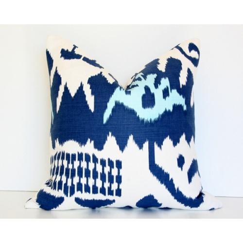 Kazak Blue: Pillows Covers, Arianna Belle, Kazak Blue, Living Rooms, Blue Pillows, White Pillows, Decor Pillows, Design Pillows, Blue And White
