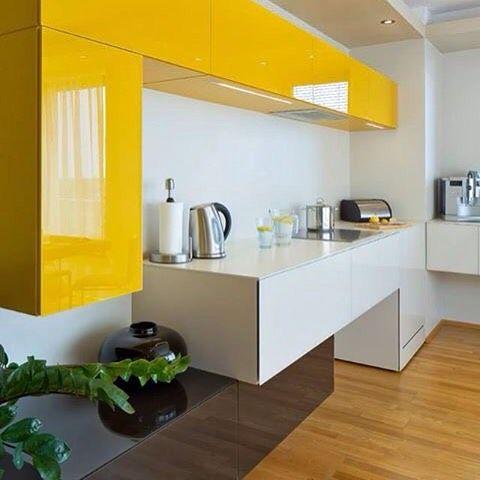 36e8 Kitchen