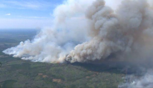 Canada: l'incendie de Fort McMurray a déplacé 100.000 personnes en 48h