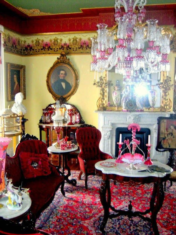 Top Victorian Living Room Furniture Collection Exclusive On Omahhome Com Victorian Home Decor Victorian Homes Victorian Parlor