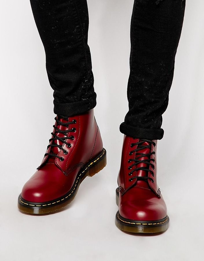 Dr Martens Original 8-Eye Boots - Red