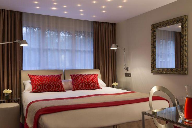 Chateau de Montvillargenne , Gouvieux, France - 266 . Book your hotel now! - Booking.com