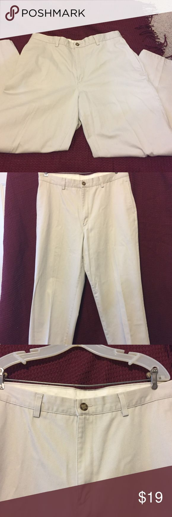 "LL Bean Men's Khaki tan pants W36 L30 Good used condition LL Bean Men's tan/khaki pants. Natural Fit. Waist 36"", Length 30"". Two pockets in back with buttons. Front pockets to slide hands in. Loops for belt. No wear on hem. No stains, rips, etc. 100% cotton. Machine wash Warm. Waist and length still measure 36"" and 30"" after washing. Still has front creases. L.L. Bean Pants Chinos & Khakis"