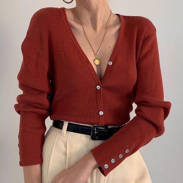 Wunderschöne Vintage-Strickjacke aus einer rostigen Seidenmischung. Unglaubliche Farbe und Li… – Fashion