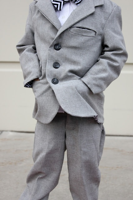 Sewing little boy Suits