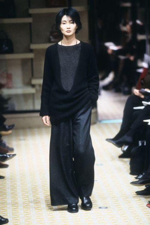 Maggie Cheung walks for Hermès by Martin Margiela. F W 98 99   style ... be3e6bfa3ff