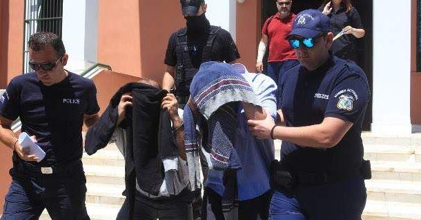 Ο βρετανικός τύπος για τους 8 Τούρκους αξιωματικούς: Η τύχη τους θα δείξει αν υπάρχει δημοκρατία