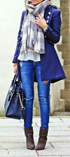 Bright blue Fall outfit