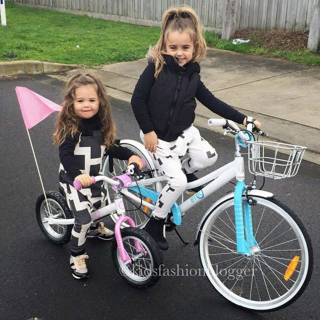 Fashionable Kids on Bikes!  The amazing @kidsfashionblogger posted these photos of her girls - Gigi on her pink balance bike (E-200L) and Belle on her blue retro girls bike (E-450)