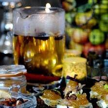 Äppelglögg på vitt vin och äppelmust. Enkelt och gott! Recept: Elisabeth Johansson  Foto: Jurek Holzer