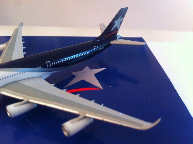 Airbus A340-300 LAN Chile a escala 1:600