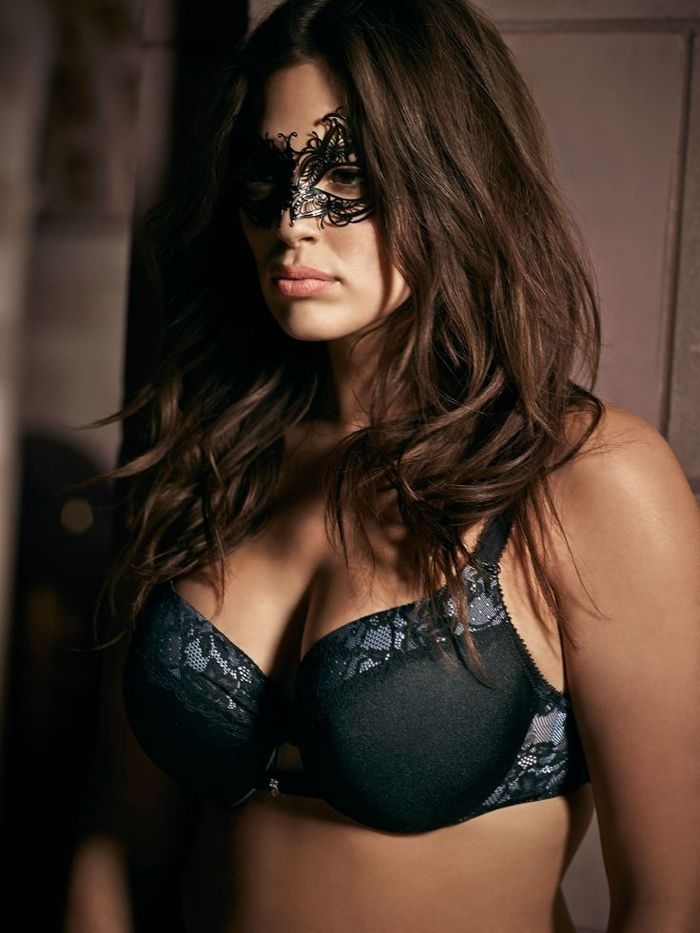 Plus Size Model Ashley Graham Launching '50 Shades of Grey ...