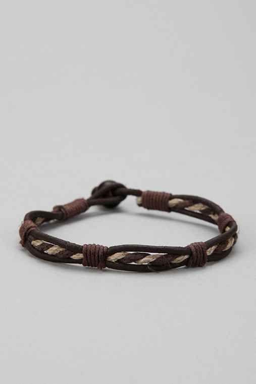 Mid Twist Leather Bracelet