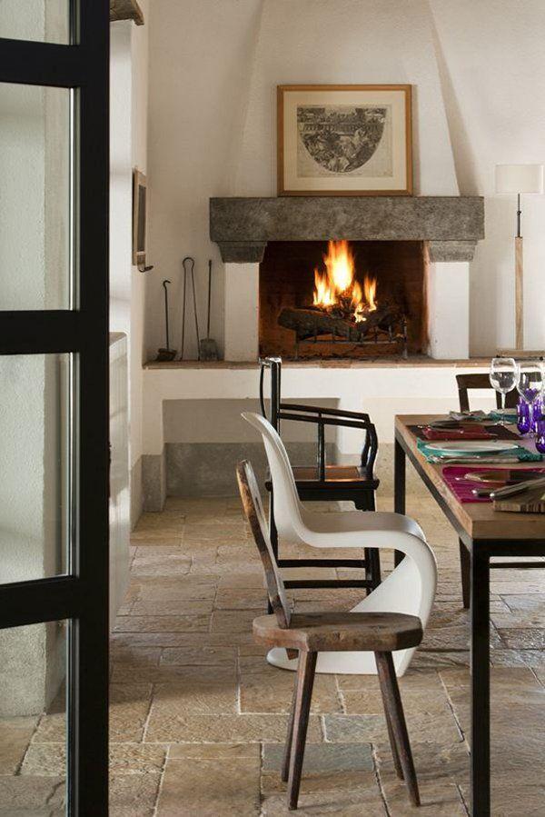Serene rustic farmhouse retreat in Tuscany