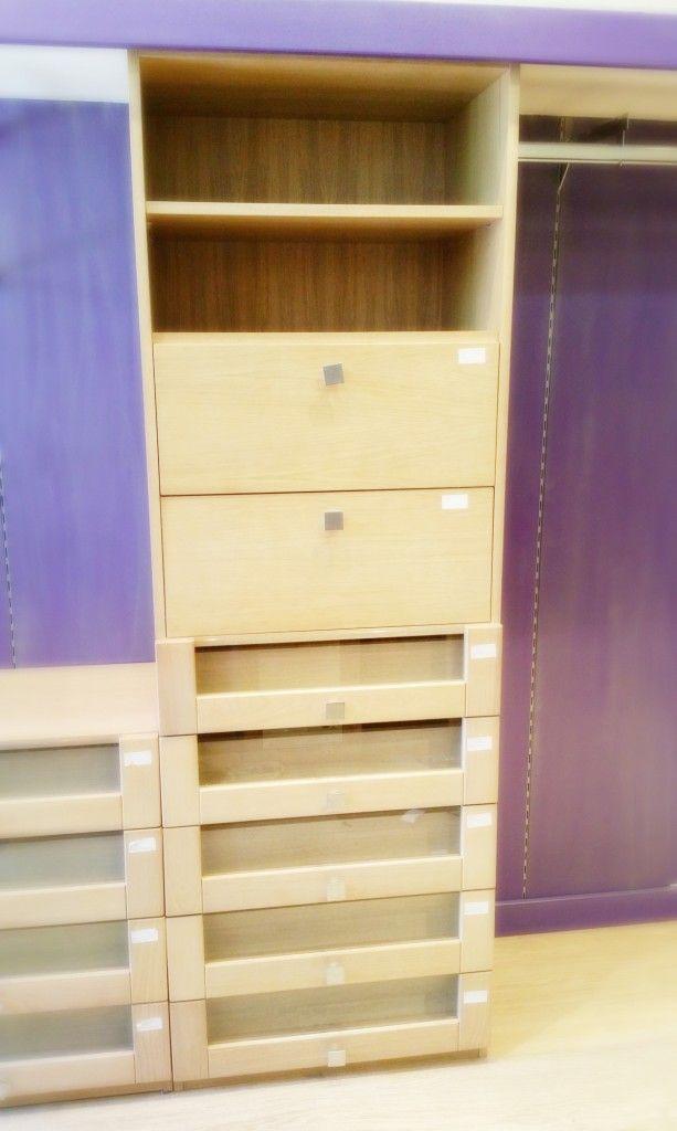 Cajonera alta segunda mano  Venta de mobiliario de segunda mano para escaparatismo y decoración comercial.  buscoescaparate.com