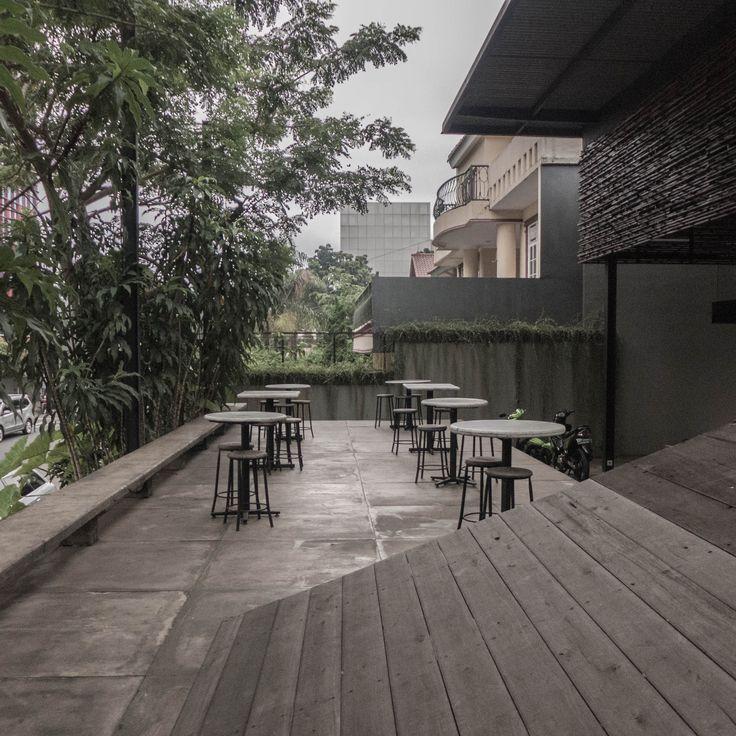 Terrace of a coffee shop [Bakoel Koffiee Bintaro by Andra