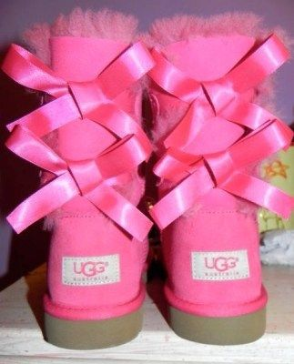 pink uggs with bows ! i just died