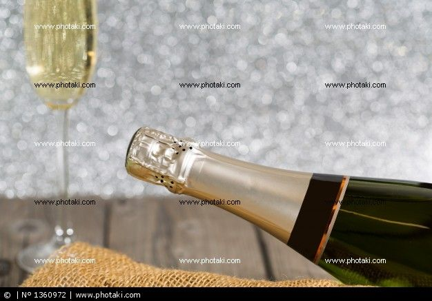 http://www.photaki.com/picture-champagne-bottle_1360972.htm