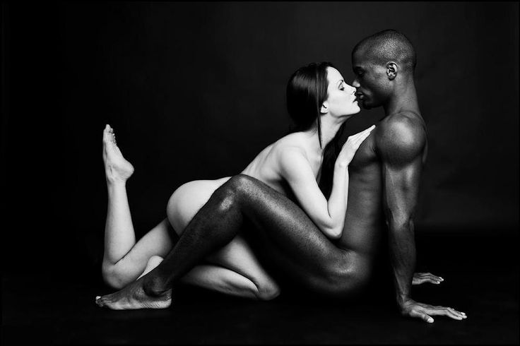 Cuzao black and white interracial couple photo it. WOW