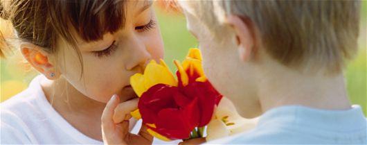 Un strat de flori de mirosit şi pipăit pentru copii - Sfaturi Pentru Gradinarit, Stil De Viata